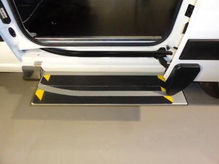 equipements de vehicule pour personne paraplegique handicap aux jambes vall e du rh ne grenoble. Black Bedroom Furniture Sets. Home Design Ideas