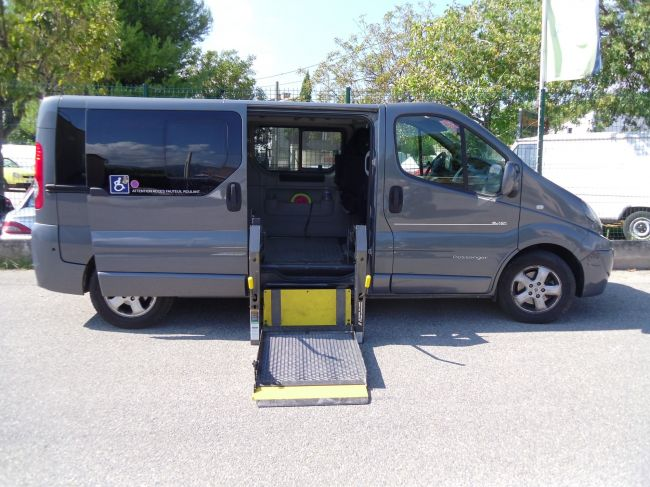 renault trafic 2011 bva adapt pour personne parapl gique handi mobil. Black Bedroom Furniture Sets. Home Design Ideas